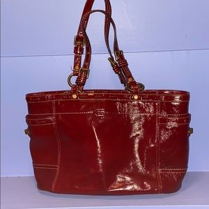 EUC Coach Gallery Patent Leather Tote